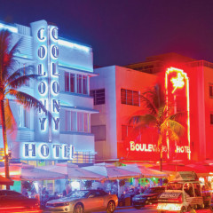 Embracing the Spectacle in South Beach, Florida|Houstonia
